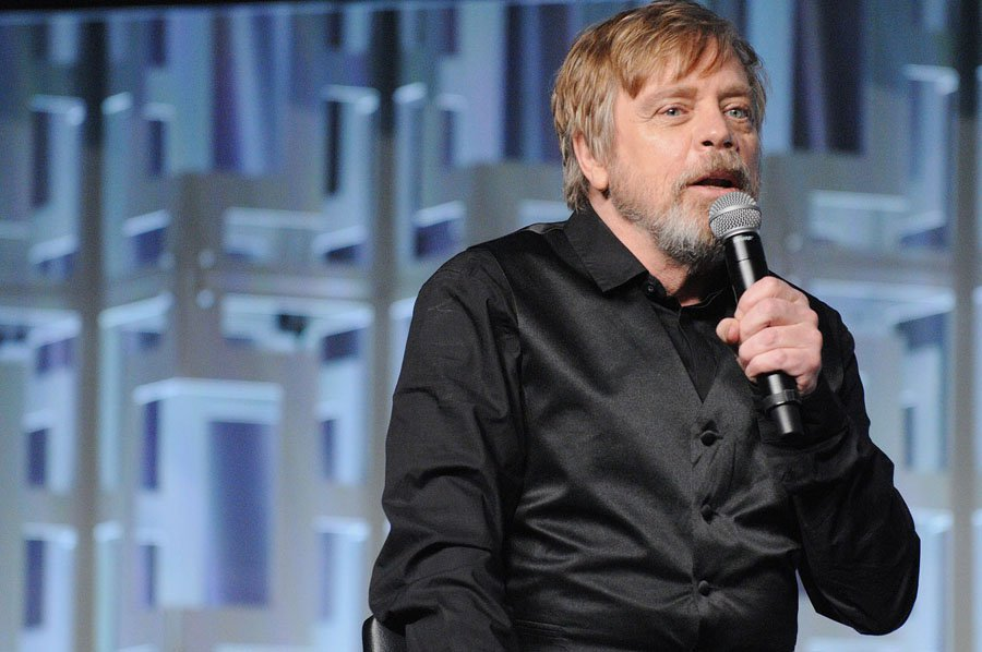 Mark-Hamill-starwars-celebration-2017